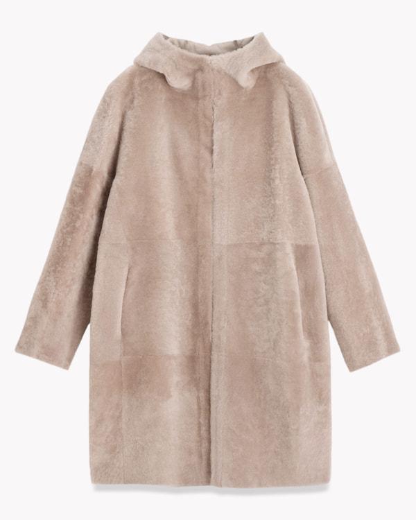 送料無料Gift Cadet 羊革で仕立てた贅沢なフーデッドコート。