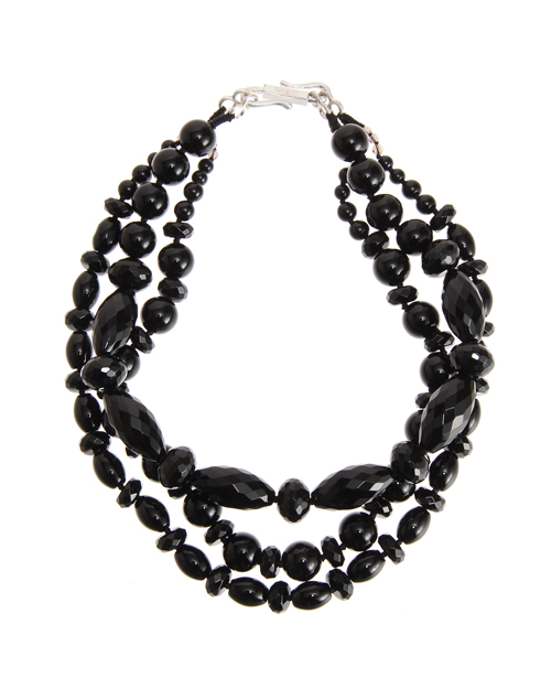 <Theory> 送料無料 形状の異なるストーンを使用した三連ネックレス Kong qi Black Stone Necklace